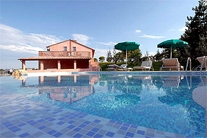 Villa In Affitto Con Piscina Milano