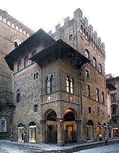 Arte lana firenze il palazzo dell arte della lana a firenze for Casa della piastrella firenze