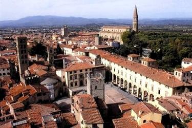 Ville vacanza arezzo affitto ville per vacanze nella for Arezzo antiquariato